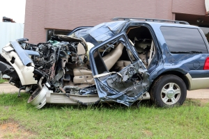 Driver lost control of vehicle well texting on cell phone Occupants in critical condition